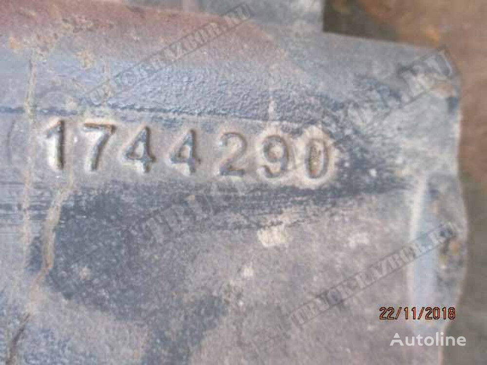 kronshteyn perednego bampera, R fasteners for DAF tractor unit