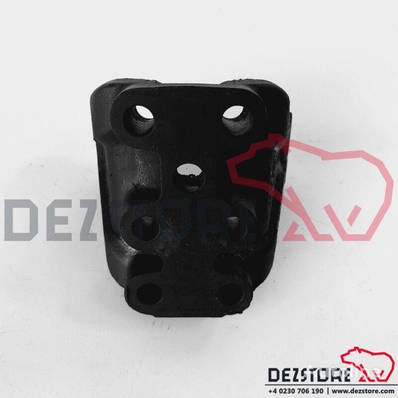 Suport prindere brat in 3 puncte axa 4 (42043961) fasteners for IVECO TRAKKER tractor unit