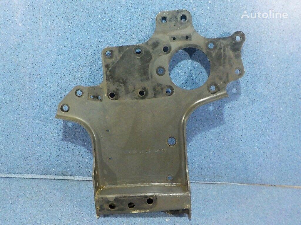 Kronshteyn usilitelya perednego bampera levyy Mersedes Benz fasteners for truck