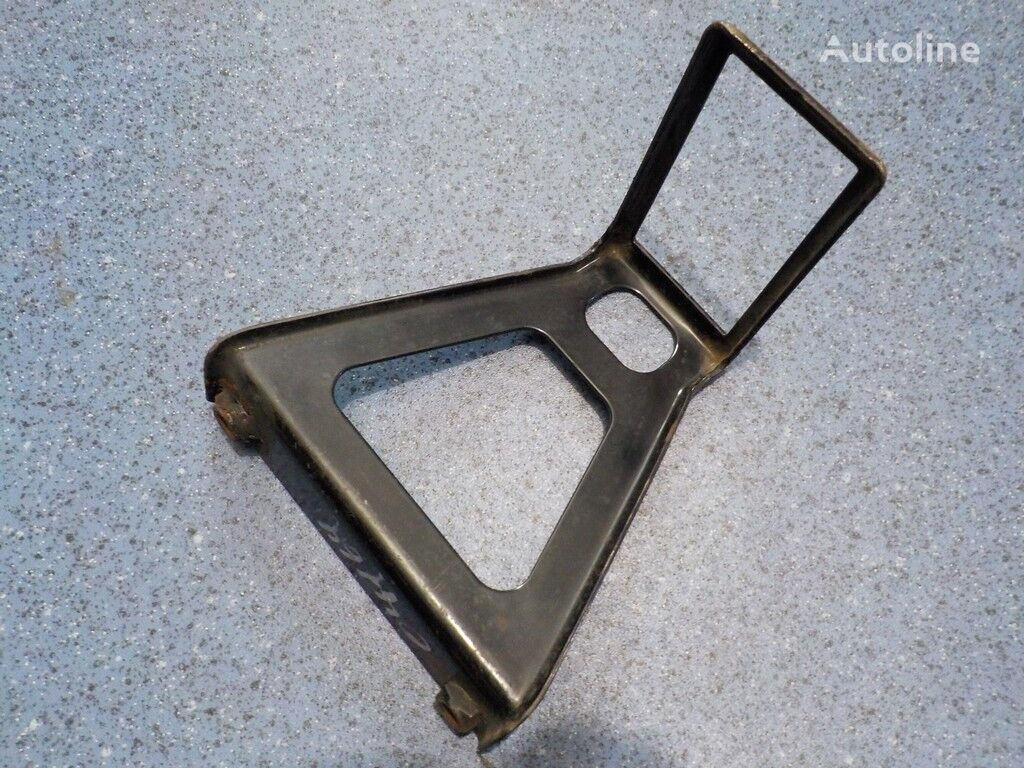 Kronshteyn bokovyh gabaritov Volvo fasteners for truck