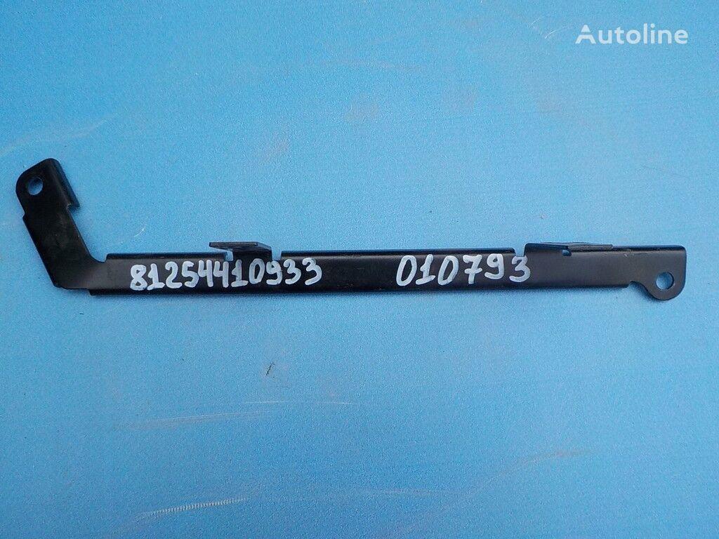 Derzhatel bloka predohraniteley fasteners for MAN truck