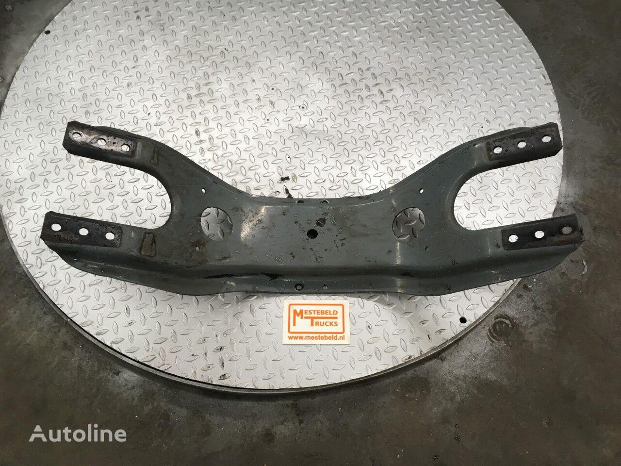 Dwarsdrager MERCEDES-BENZ fasteners for truck