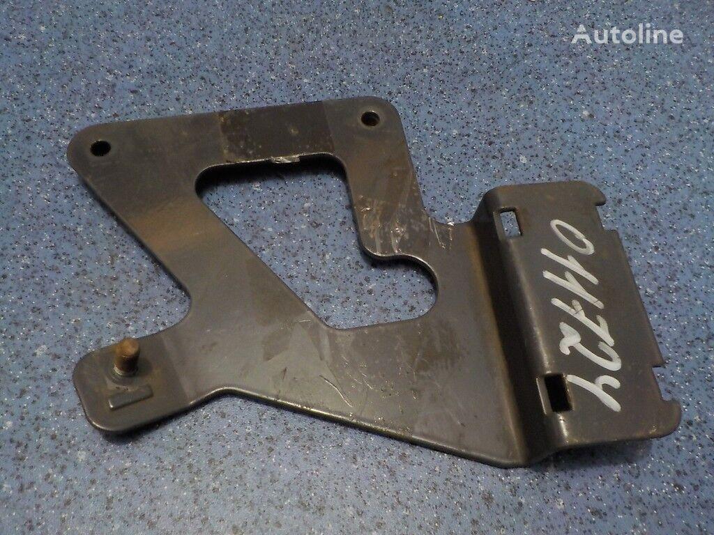 Kronshteyn maslozalivnoy gorloviny  RENAULT fasteners for RENAULT truck