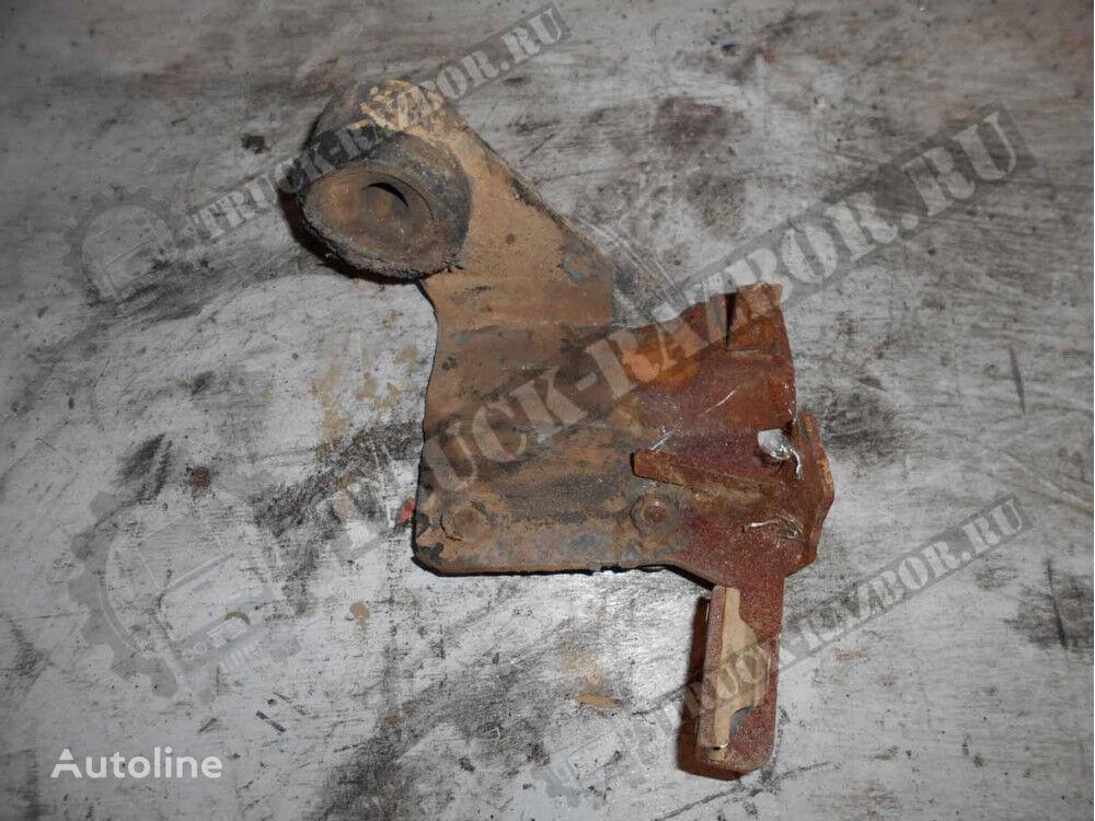 petlya reshetki radiatora VOLVO fasteners for VOLVO R tractor unit