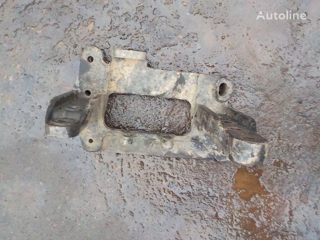 Kronshteyn kabiny podemnika RH Iveco fasteners for truck