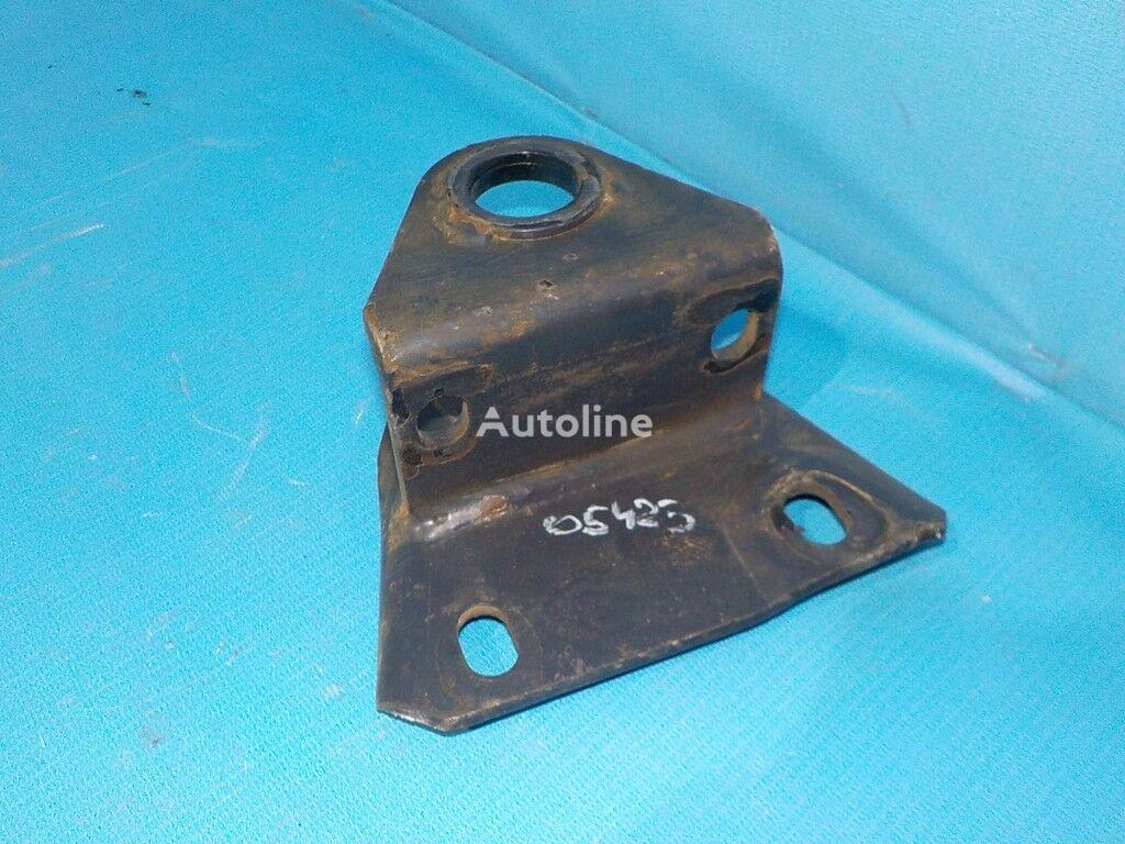 Kronshteyn krepleniya perednego stabilizatora LH Iveco fasteners for truck