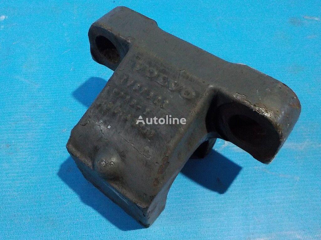 Kronshteyn krepleniya perednego stabilizatora Volvo fasteners for truck