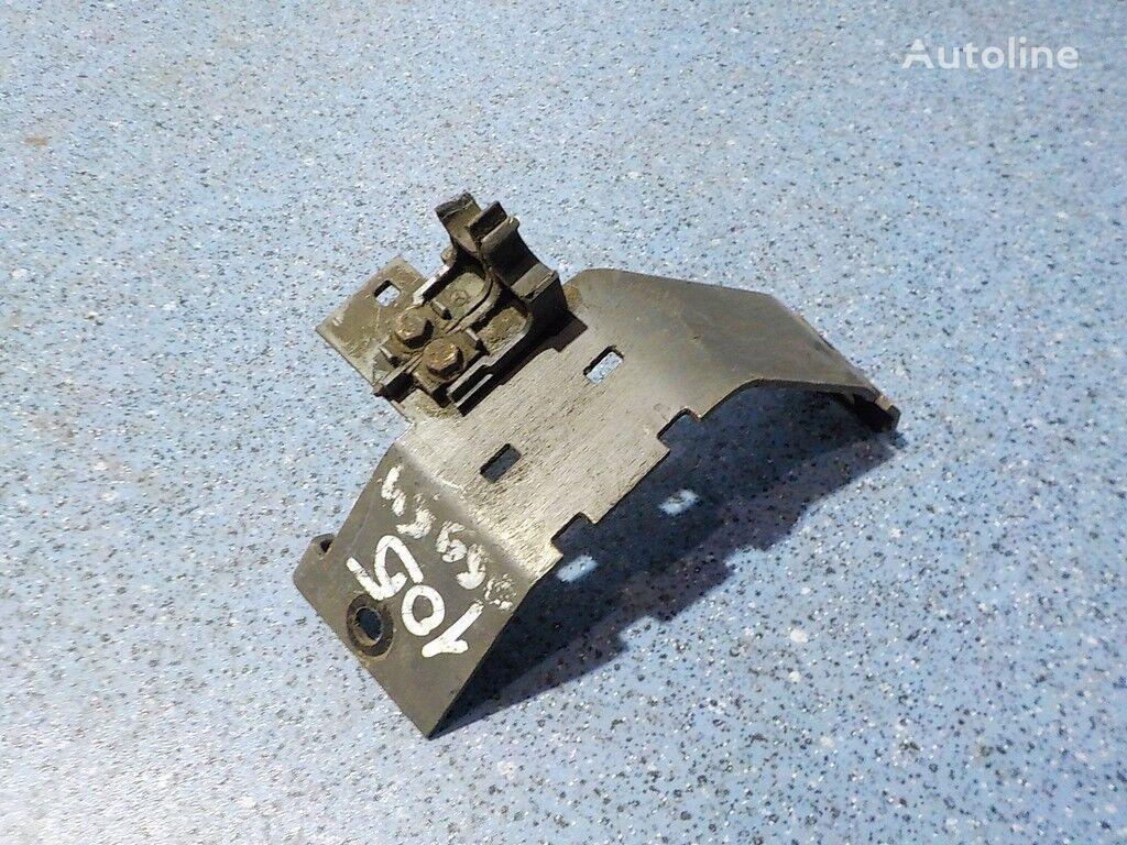 Kronshteyn pnevmotruboprovoda RH Mercedes Benz fasteners for truck