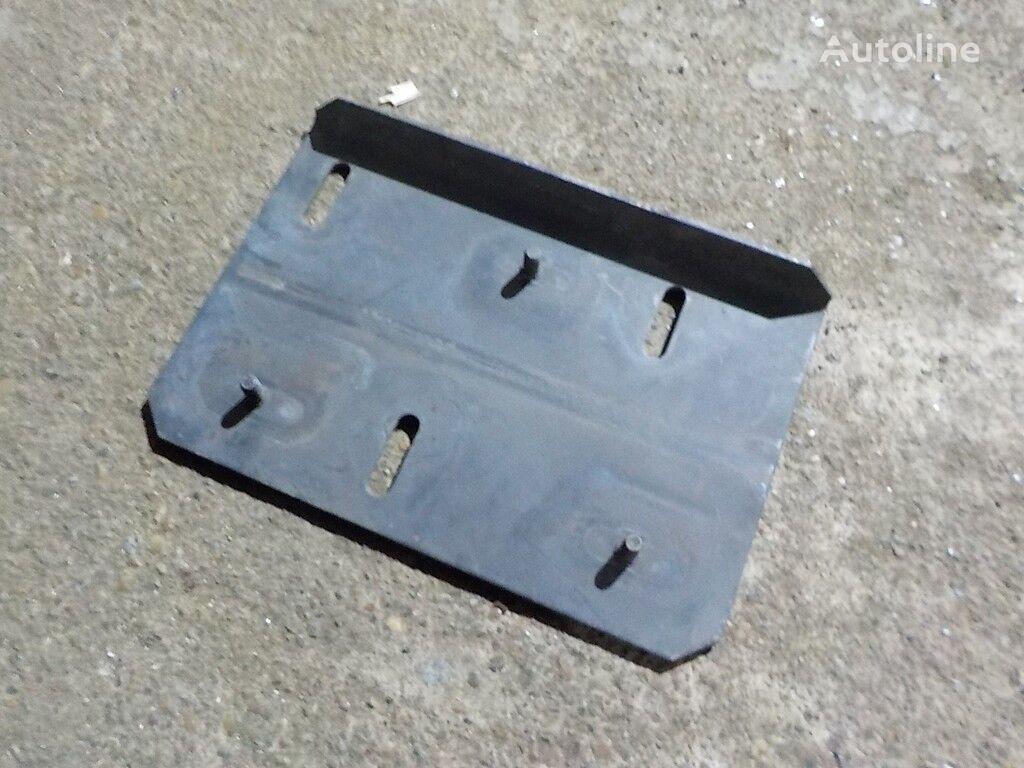 Kronshteyn soedinitelnoy truby vozdushnogo filtra Volvo fasteners for truck