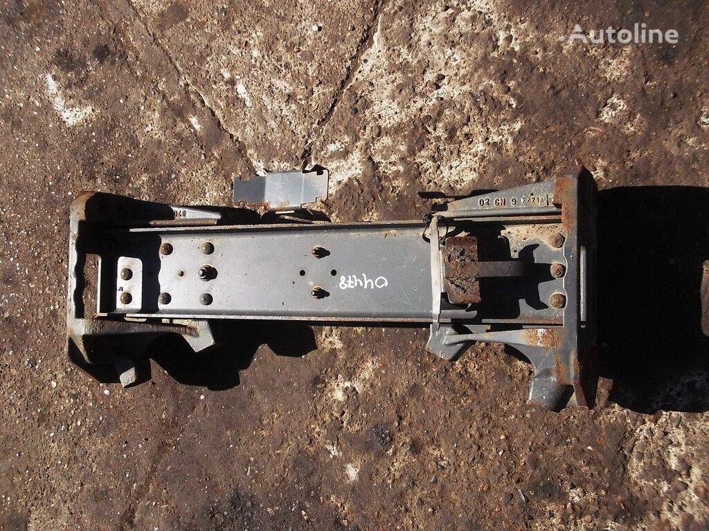 Poperechina DAF fasteners for truck