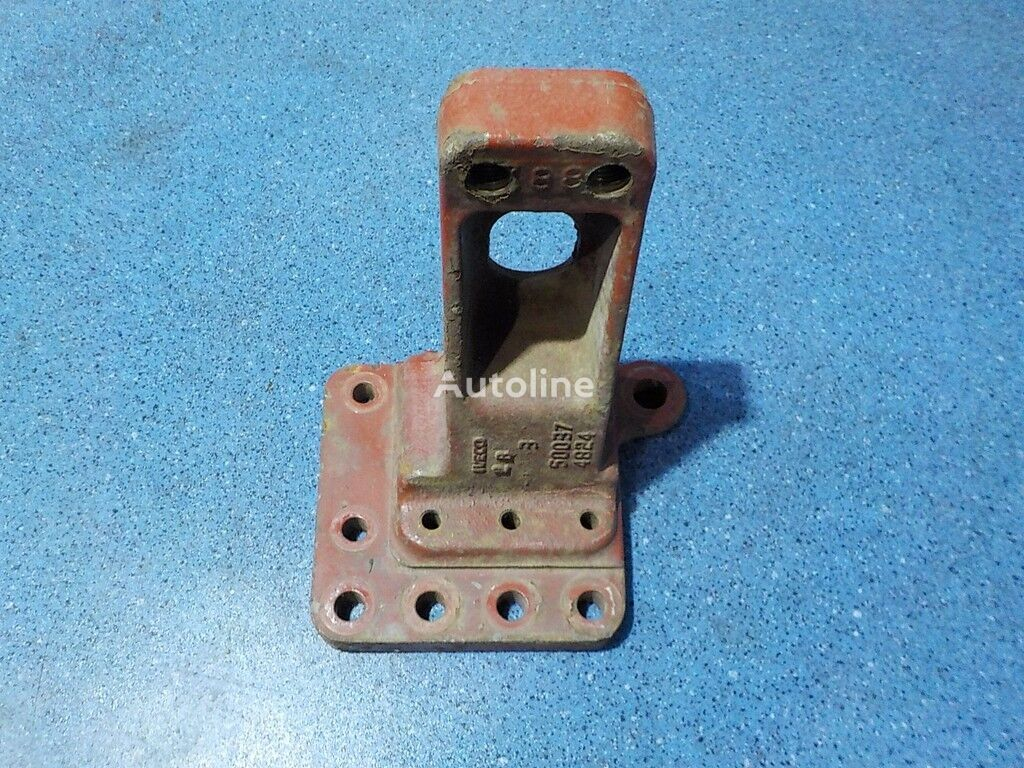traversy LH Iveco fasteners for truck