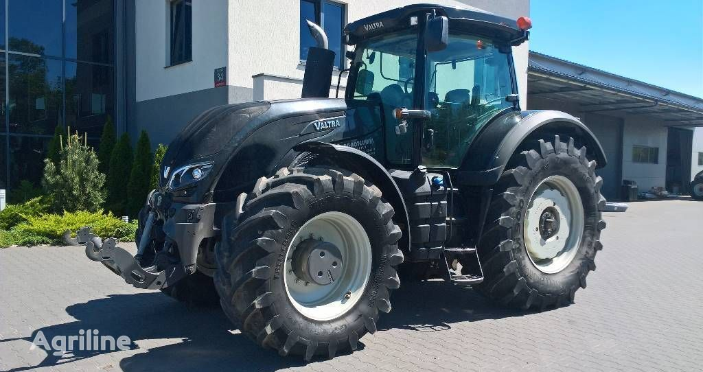Zwrotnica final drive for VALTRA s354 tractor