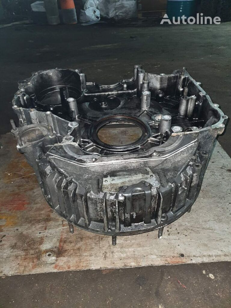 RENAULT flywheel housing for RENAULT DXI 11 tractor unit