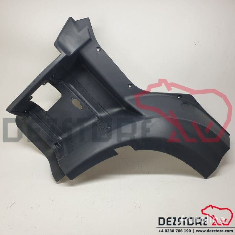 new (1870502) footboard for DAF XF tractor unit