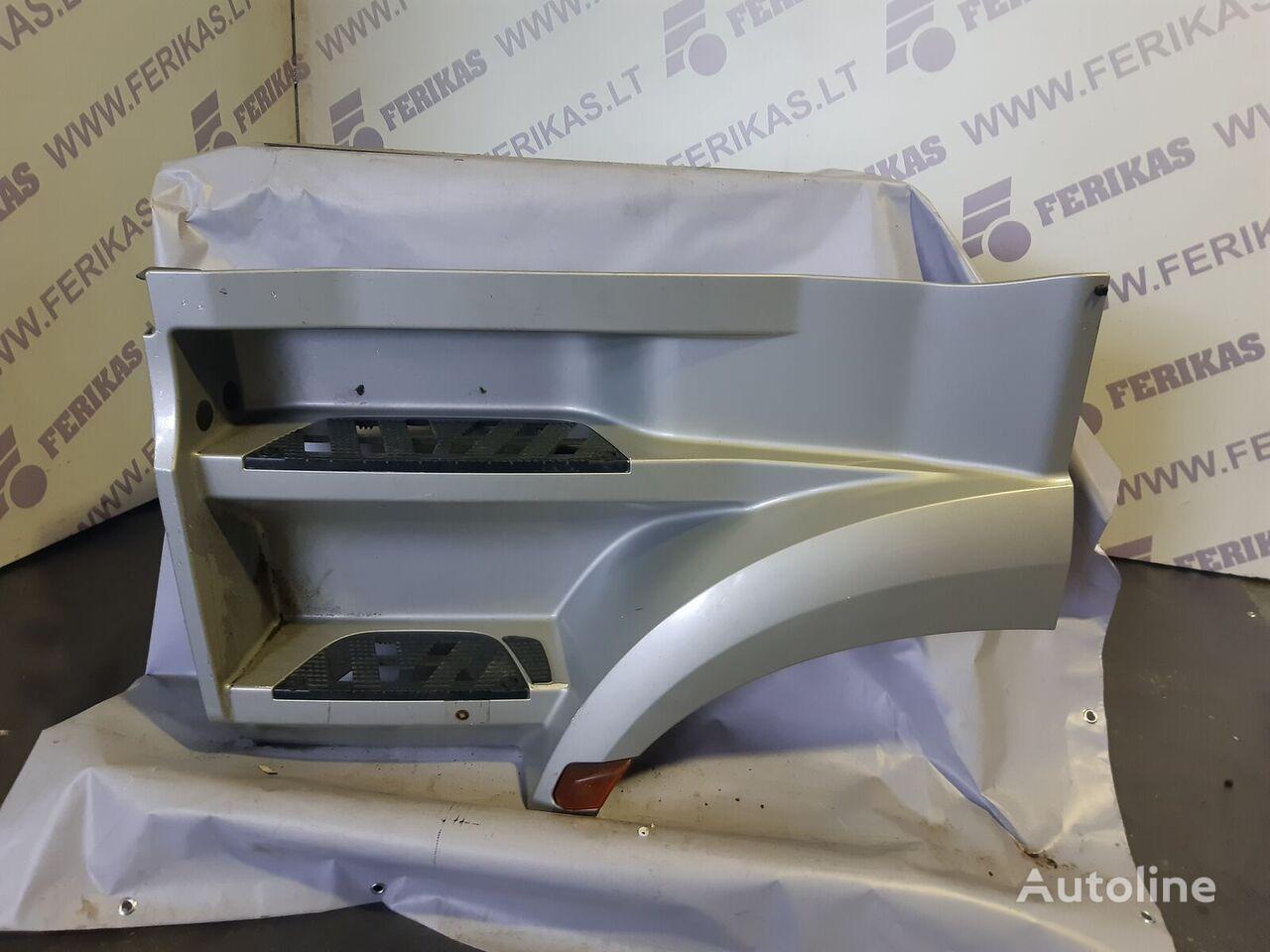 footboard for MERCEDES-BENZ tractor unit