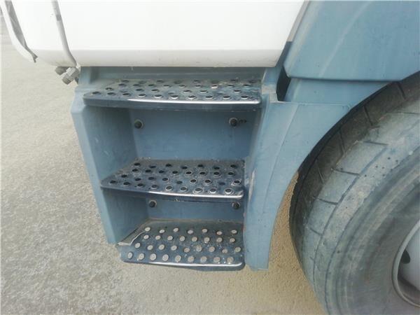 Peldaño Chasis Izquierdo MAN M 2000 M  25.2X4   E2 Chasis   MNLC footboard for MAN M 2000 M 25.2X4 E2 Chasis MNLC 25.284 E 2 [6,9 Ltr. - 206 kW Diesel] truck