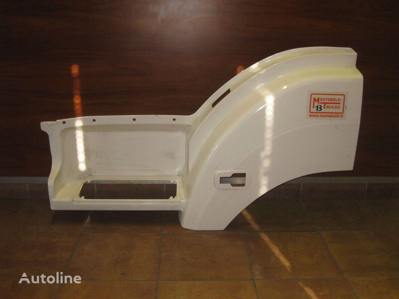 MERCEDES-BENZ footboard for MERCEDES-BENZ Axor truck