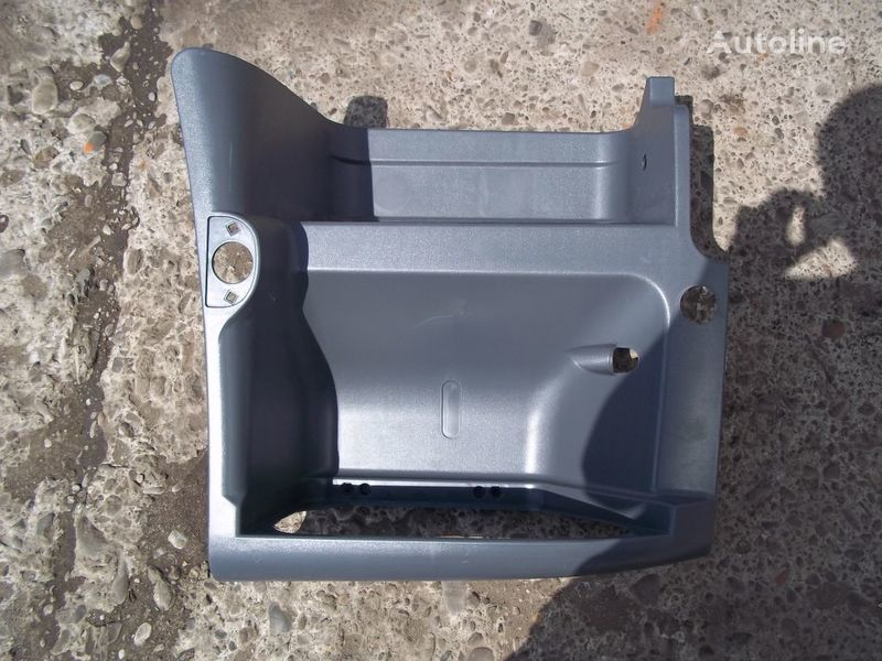 new footboard for RENAULT Premium tractor unit