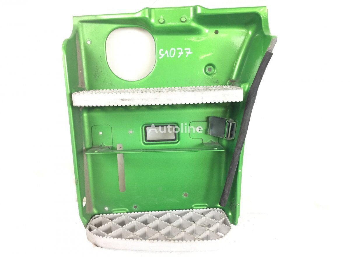 SCANIA Step Plate Assembly, Left footboard for SCANIA P G R T-series (2004-) tractor unit