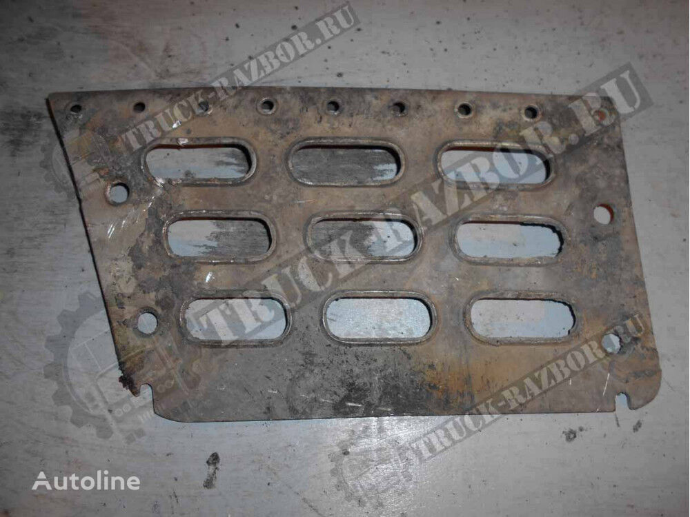 VOLVO nakladka podnozhki levaya nizhnyaya (20360788) footboard for VOLVO L tractor unit