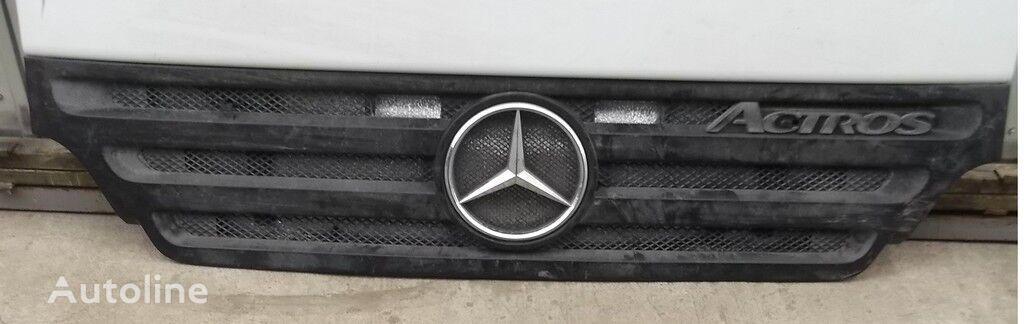 Reshetka radiatora Mersedes Benz front fascia for truck