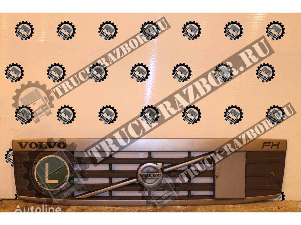 VOLVO vstavka reshetki radiatora (82322924) front fascia for VOLVO FM, FH tractor unit