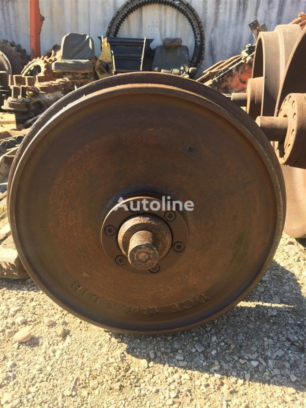 USED CAT D4H BULLDOZER TRIANGLE front idler for CATERPILLAR  D4H bulldozer