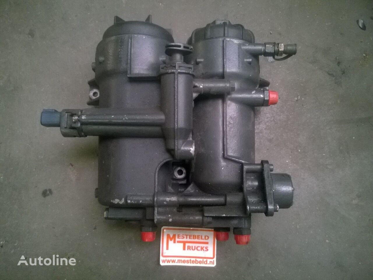 SCANIA Brandstoffilterhuis dubbel fuel filter for SCANIA truck