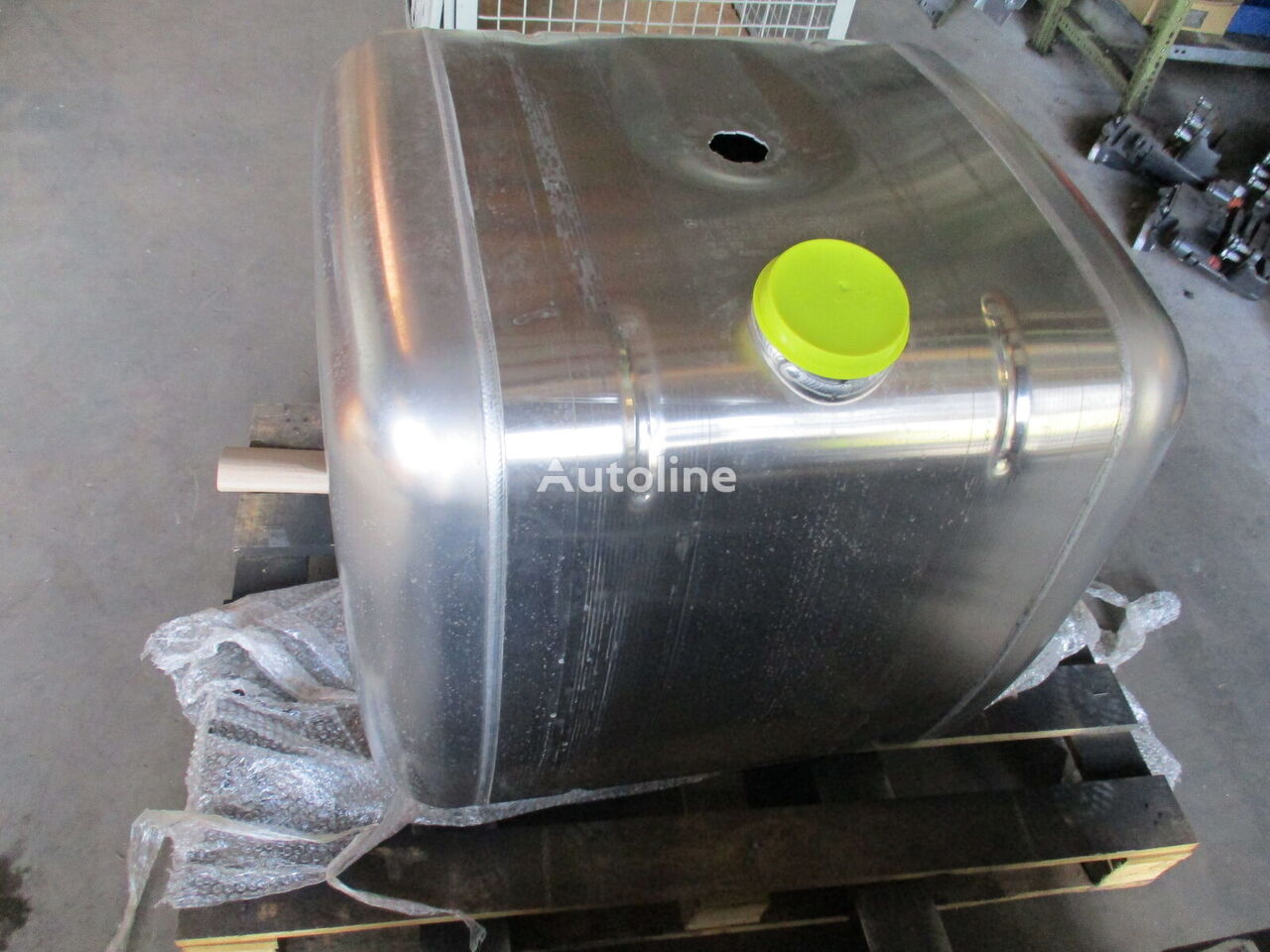 fuel tank for MERCEDES-BENZ Actros Arocs Antos tractor unit