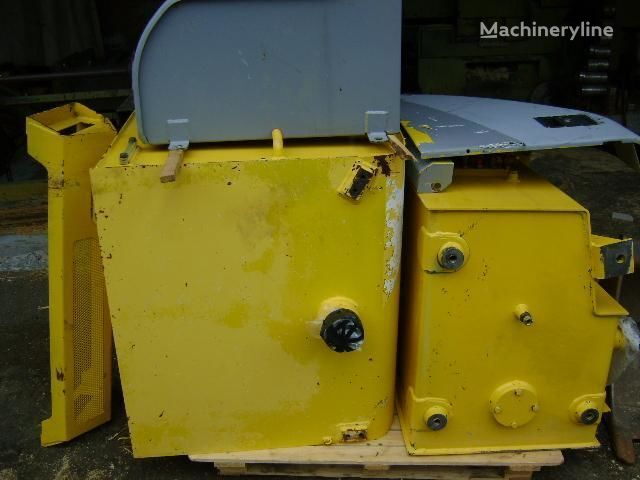 NEW HOLLAND fuel tank for NEW HOLLAND E 385 excavator