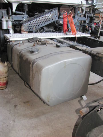 fuel tank for RENAULT MAGNUM tractor unit