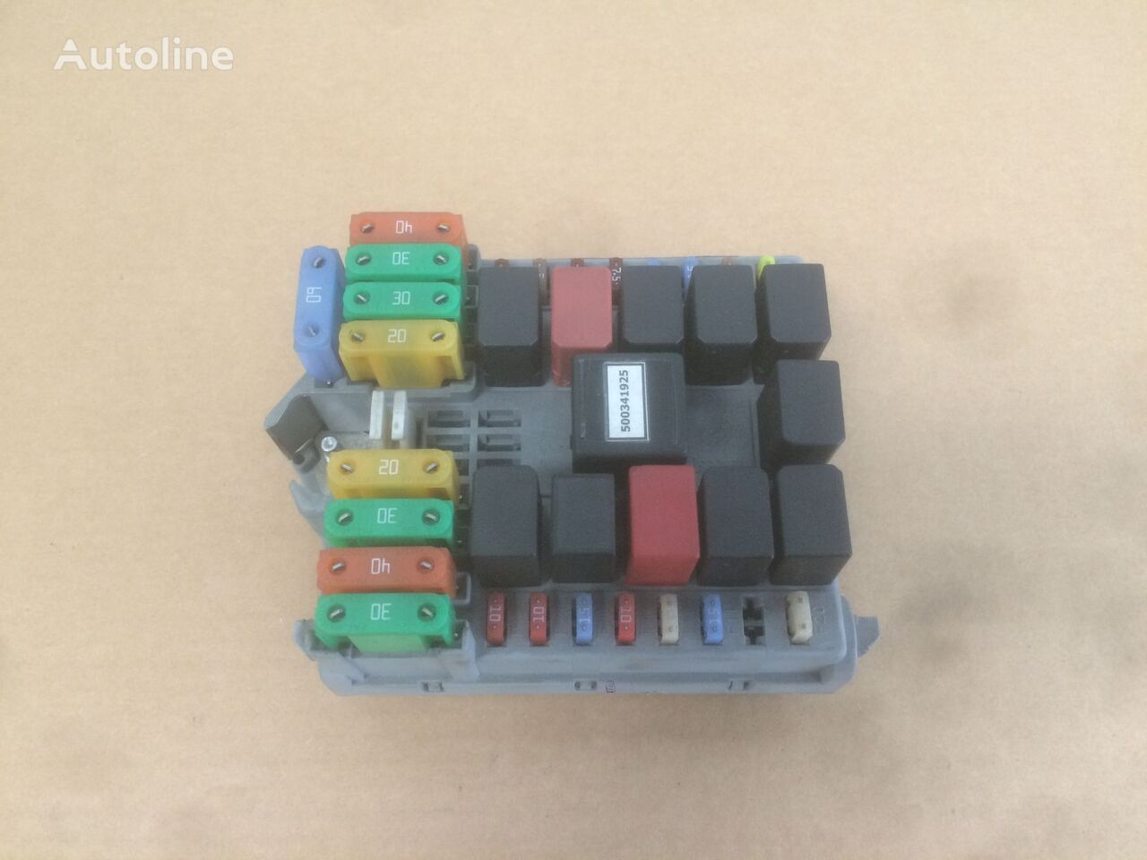 (IVECO 69501171) fuse block for IVECO DAILY truck