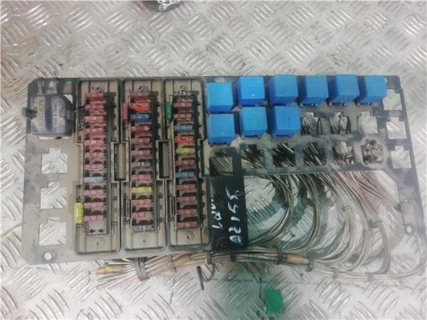 Caja Fusibles/Rele Renault Midliner M 230.16/D fuse block for RENAULT Midliner M 230.16/D truck
