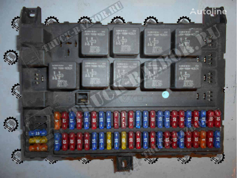 DAF blok predohraniteley (1895428) fuse block for DAF tractor unit