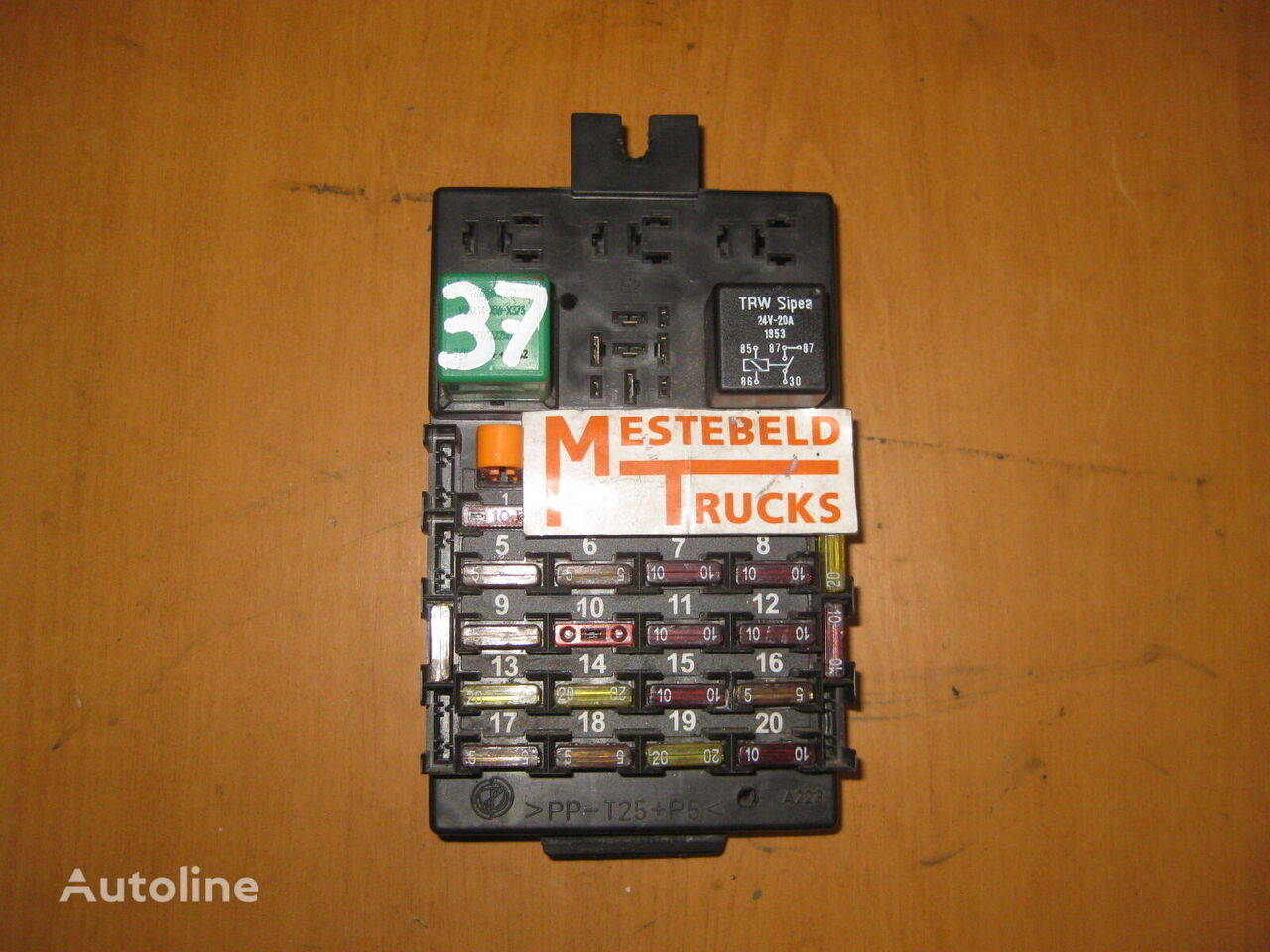 IVECO fuse block for IVECO truck