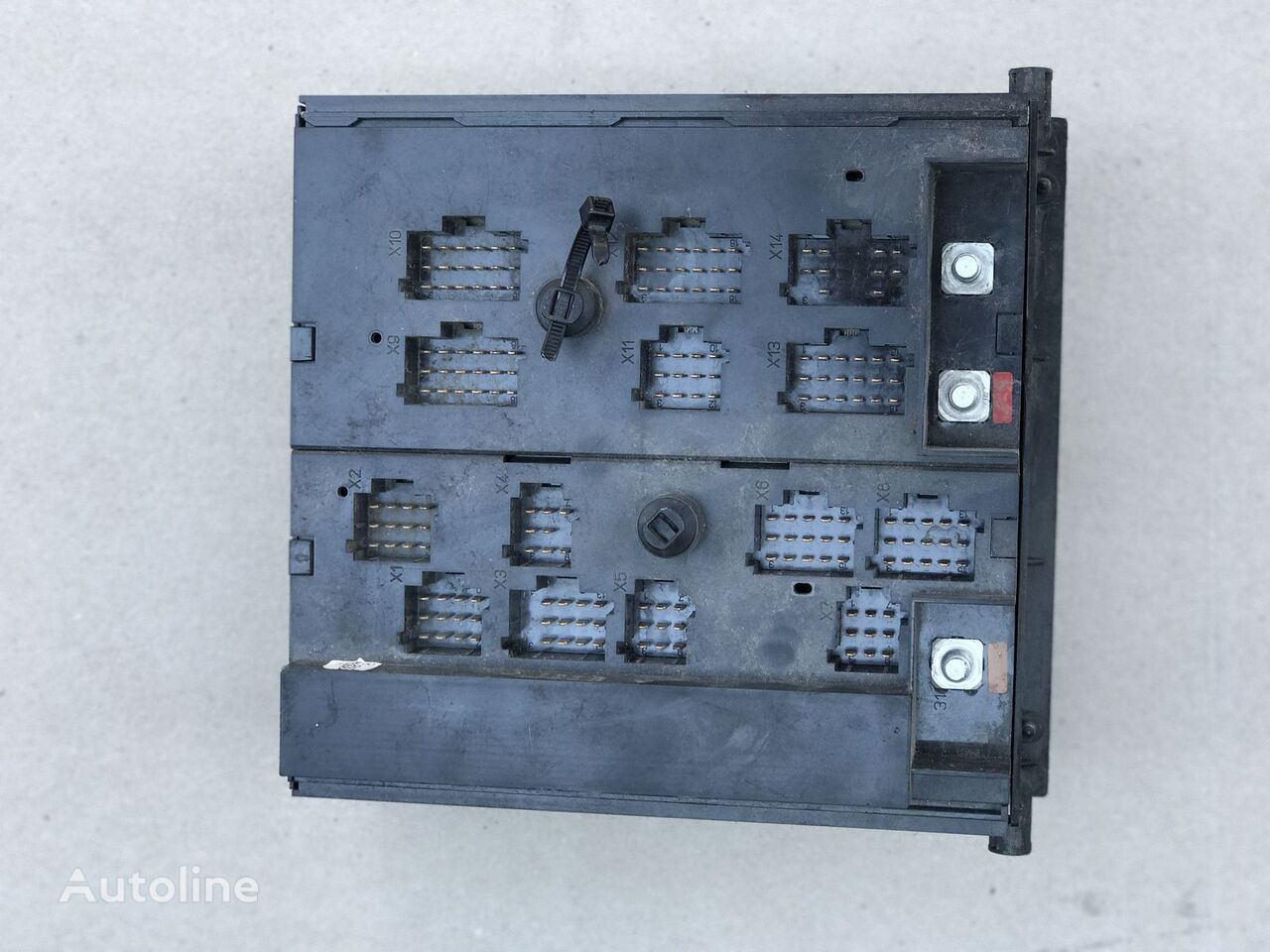 Photo: MERCEDES-BENZ fuse block for MERCEDES-BENZ ACTROS, AXOR tractor unit