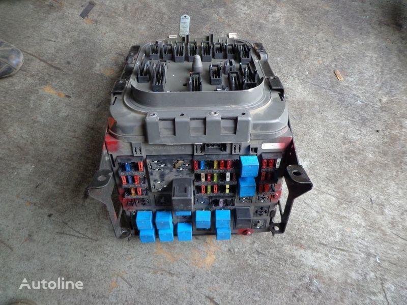 RENAULT fuse block for RENAULT Premium tractor unit