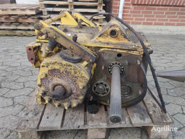 (80451267) gearbox for NEW HOLLAND TX 34 grain harvester