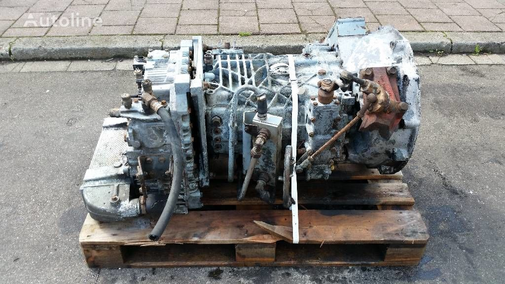 ZF S 6 - 85 gearbox for truck