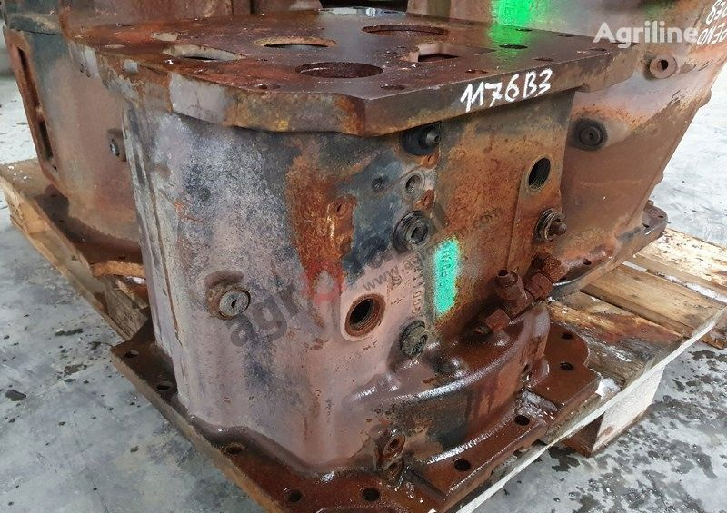 gearbox housing for CLAAS Massey Ferguson tractor