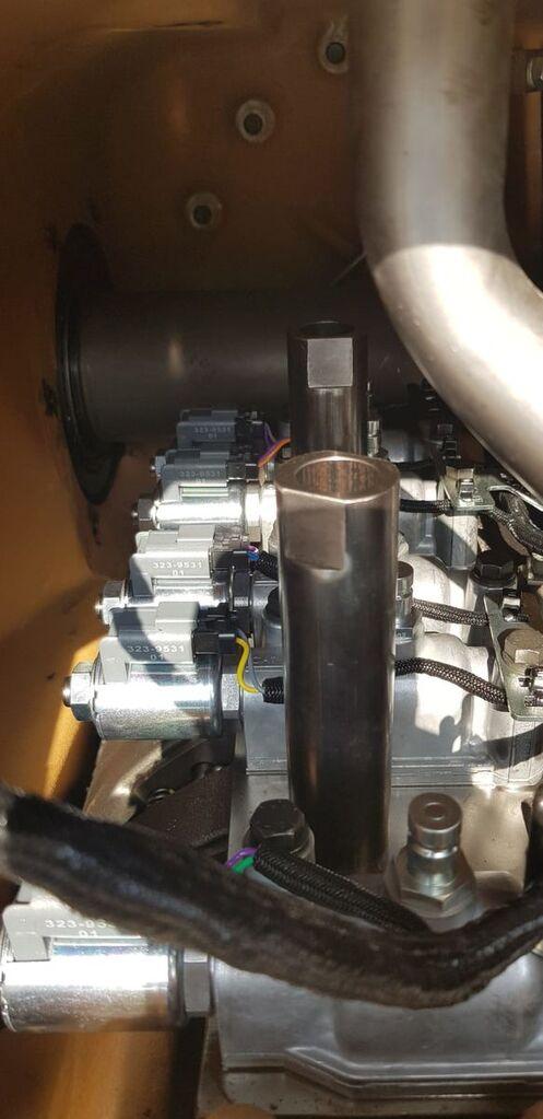 CATERPILLAR D8T (3844149) gearbox for CATERPILLAR D8T bulldozer