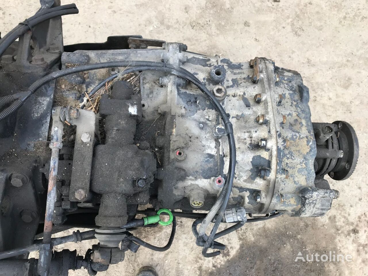 EATON Y08310 gearbox for RENAULT tractor unit