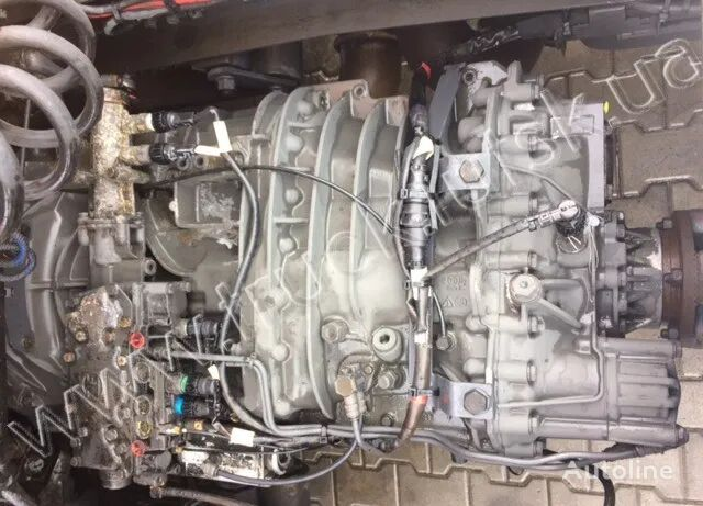 ZF gearbox for tractor unit