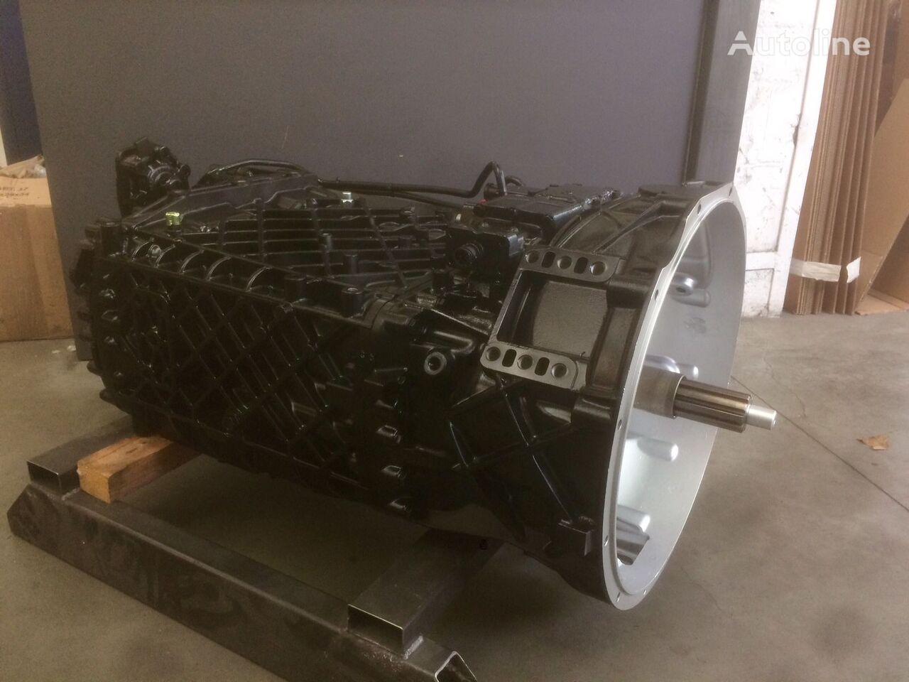 ZF 16S221 gearbox
