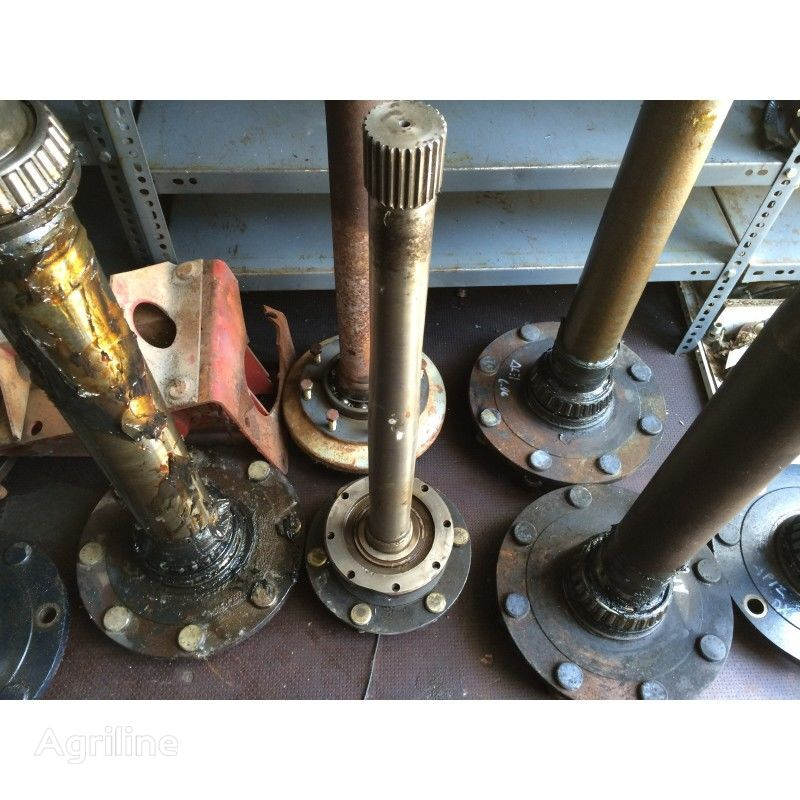 DEUTZ-FAHR half-axle for DEUTZ-FAHR D 4006-4506-5206-07 tractor