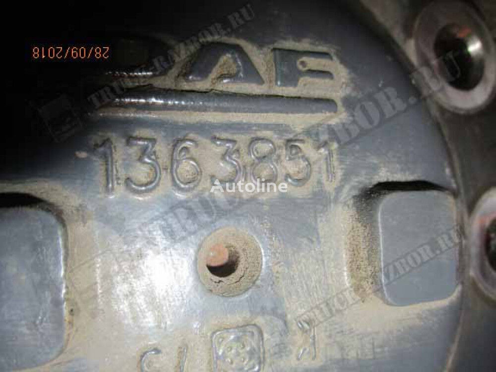 s blokirovkoy (1363851) half-axle for DAF tractor unit