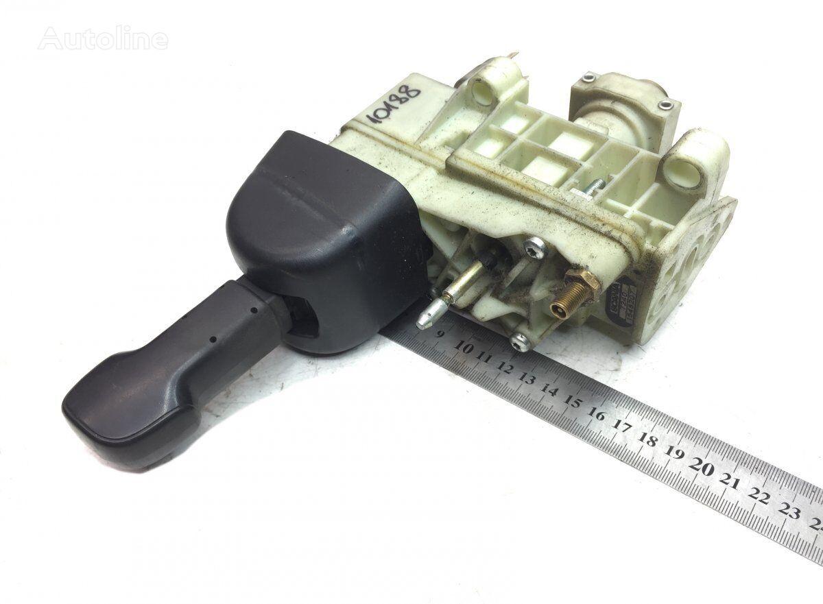 WABCO hand brake valve for SCANIA K N F-series (2005-) bus