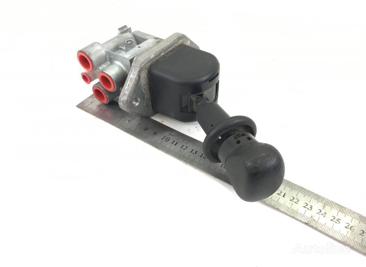 WABCO (9617231180) hand brake valve for MAN TGS (2007-) tractor unit