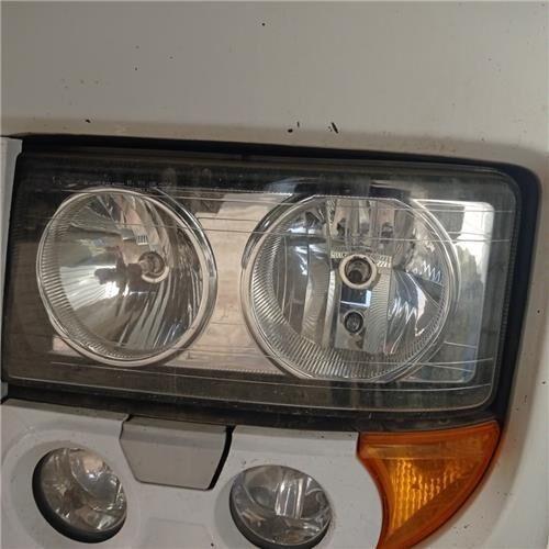 Faro Delantero Izquierdo Iveco Stralis AS 440S50, AT 440S50 (504020193) headlight for IVECO Stralis AS 440S50, AT 440S50 tractor unit