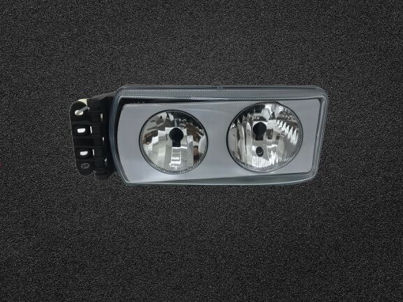 new IVECO headlight for IVECO tractor unit